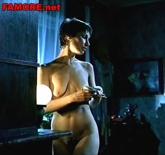 голые актрисы в кино русские фото