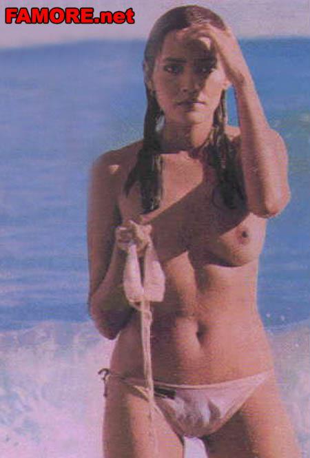 tia-karrere-goliy