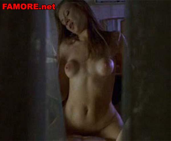 Обнаженная грудь в фильмах