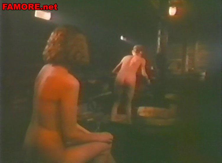 в с купается бане как взрослыми юноша женщинами фильм