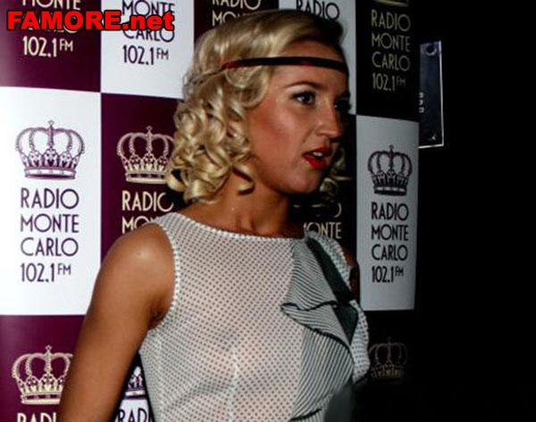 Оля Бузова. На вечеринке. показала грудь. радио Монте-Карло.
