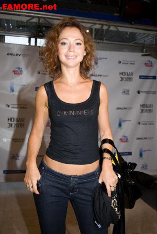 Классная фигура Елены Захаровой (Elena Zaharova) отлично видна в топике и д