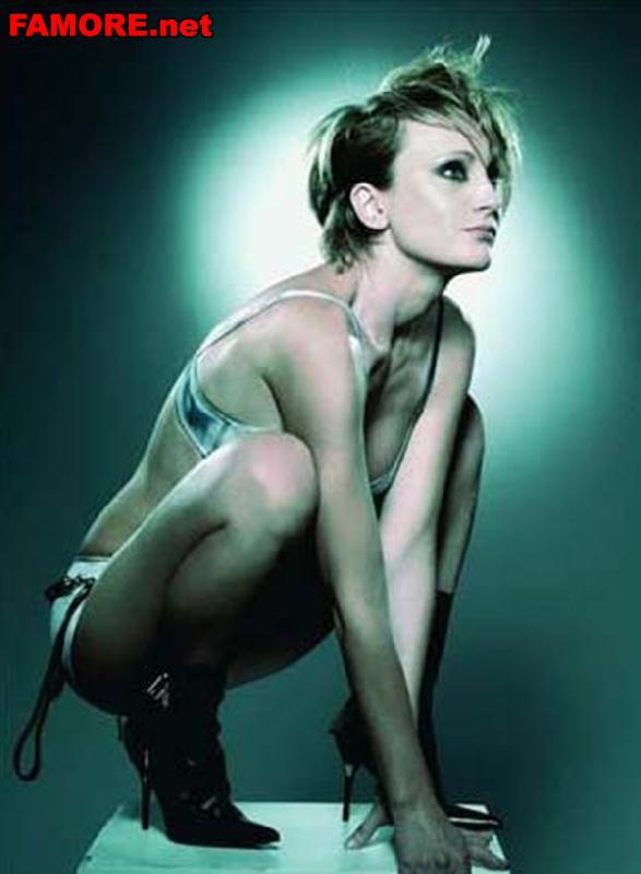 Самое сексуальное фото Патрисии Каас (Patricia Kaas) в бюстике и трусах.