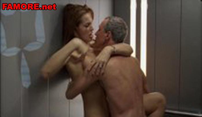 В лифте порновидео