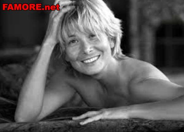 Юлия Высоцкая родилась 16 августа 1973 года в Новочеркасске. . Когда она б